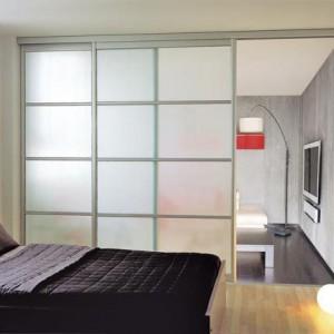 cloison coulissante ou amovible prix moyen et techniques de montage. Black Bedroom Furniture Sets. Home Design Ideas