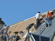 Pose d'une toiture en ardoise
