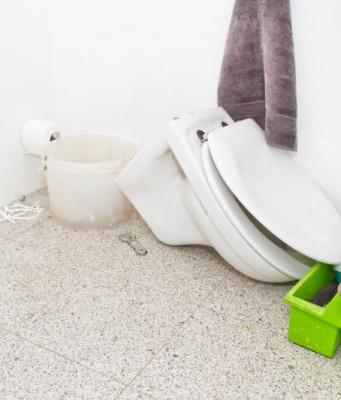 plomberie. Black Bedroom Furniture Sets. Home Design Ideas