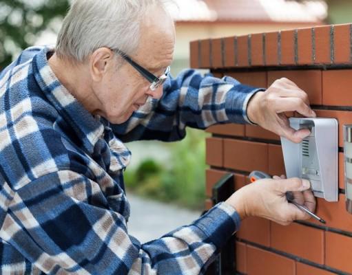 Electricit devis prix et conseils pour installation et for Prix moyen construction