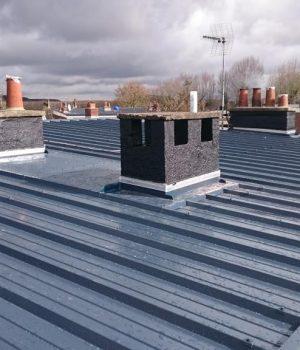 bac acier prix au m2 avantages et inconv nient de cette toiture. Black Bedroom Furniture Sets. Home Design Ideas