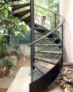 escalier exterieur helicoidal metal
