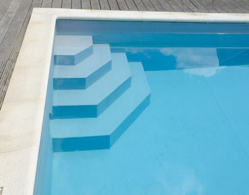 Guide des prix des piscines coque enterr e semi for Budget piscine coque