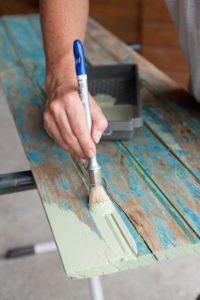 decaper peindre volets bois