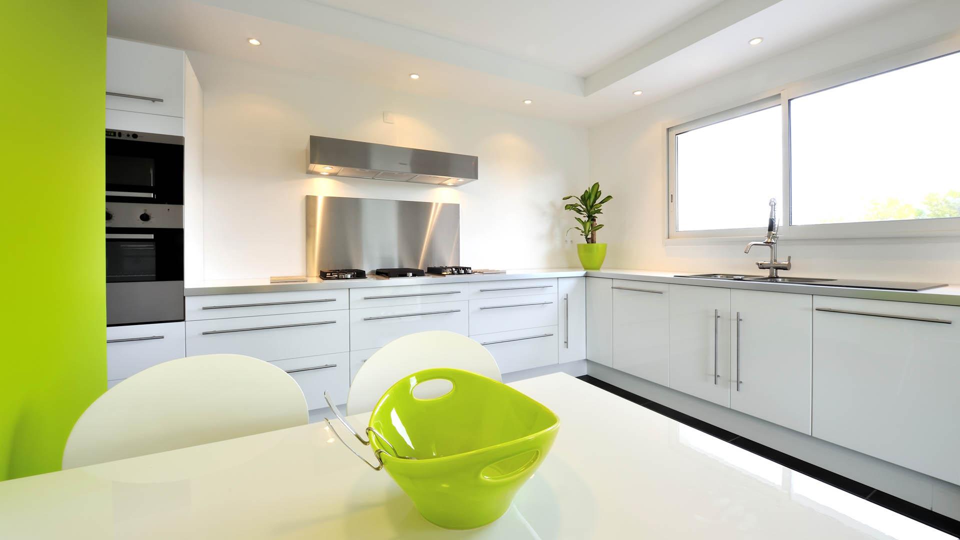 am nagement de cuisine prix d 39 une cuisine quip e pose. Black Bedroom Furniture Sets. Home Design Ideas
