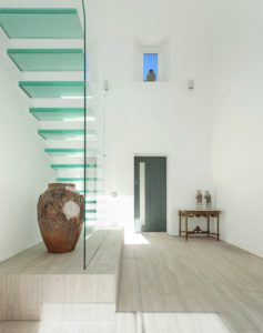escalier suspendu verre